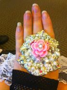 Kerlis-handmade-flower-and-pearls-ring-gallery