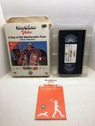 A Day at Old MacDonald's Farm - Original VHS 2