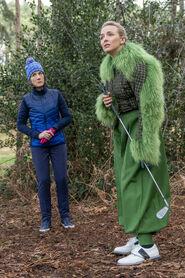 3x07-15 Dasha Villanelle golf