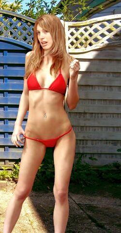 Sandra W Pain88 Bikini03.jpg