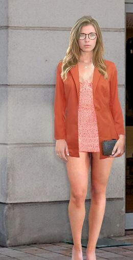 Sandra Weiss (Pain88) Blazer and party dress 01.jpg