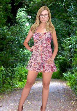 Sandra Weiss (Pain88) Floral Skaterdress 04.jpg
