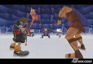 Sora y Hércules antes de luchar contra Peter