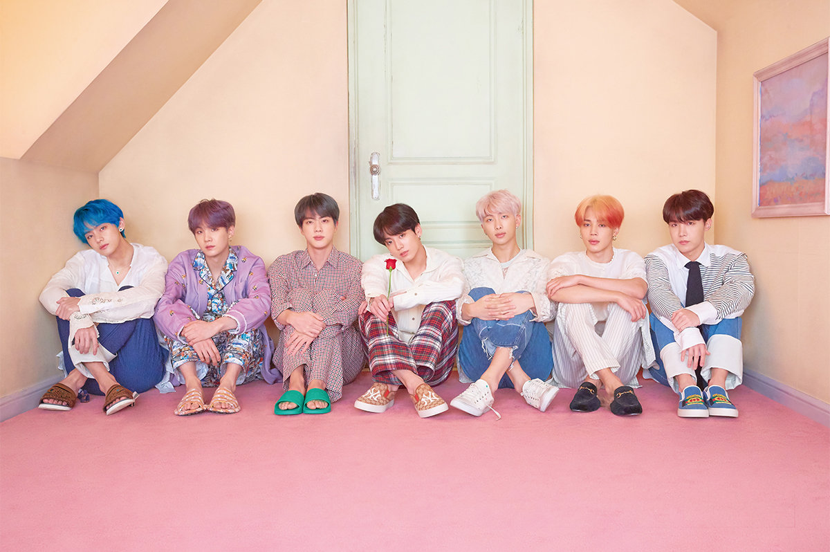 BTS Map of the Soul Persona promotional photo 3.png