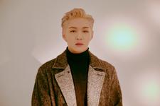 Lee Changsub Mark promo photo