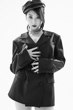 CLC Seungyeon Black Dress promo photo
