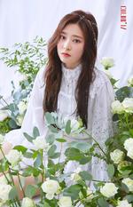 IZONE Kim Min Ju COLORIZ official photo 3