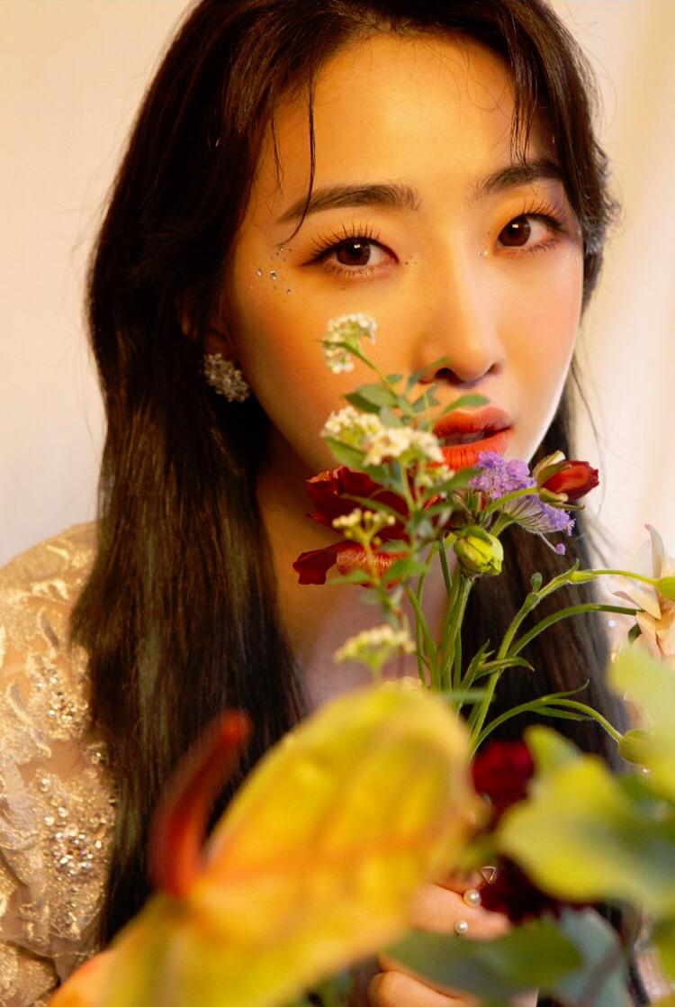 Minzy (singer)
