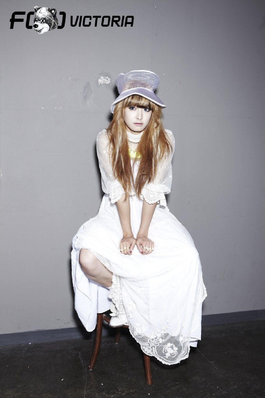 F(x) Electric Shock Victoria teaser photo.png