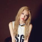 LOONA Kim Lip debut photo 4