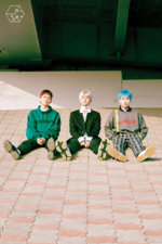 EXO-CBX Blooming Days group promo photo (3)