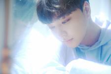 BOYFRIEND Jeongmin Sunshower promo photo