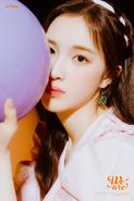 Weeekly Lee Jaehee We Are B(eautiful) Cut (2)