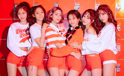 AOA Bingle Bangle group promo photo