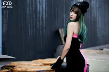 EXID Hani Hot Pink photo