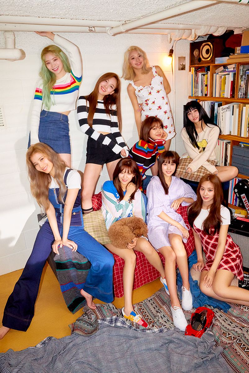TWICE Fancy You group promotional photo 4.png