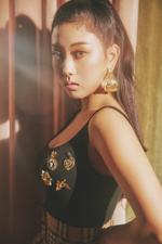 CLC Seungyeon No.1 concept promotional photo