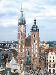 Kościół mariacki z góry.jpg