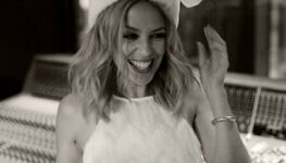 Videography/Kylie Christmas