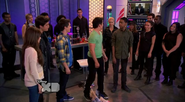 Big D try to return the favor for saving leo from death -for the first time-(Lab Rats 3x20 Bionic Houseparty)