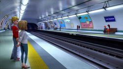 Click here to view the image gallery for Métro.