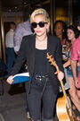 7-26-16 Leaving her apartment in NYC 002