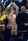 8-25-13 MTV VMA's Audience 001