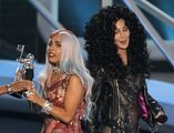 9-12-10 MTV VMA - Video of the Year 002