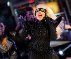 Lady-Gaga-Performs-in-Times-Square-on-New-Years-Eve-7-1024x862
