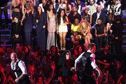 8-25-13 MTV VMA's Audience 005