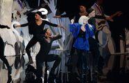 8-25-13 VMA Performance 009