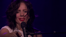 9-1-13 iTunes Festival - I wanna be with You performance 001