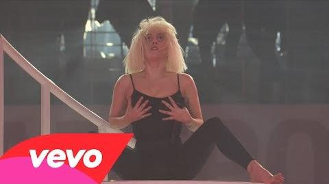 Do What U Want (Live on artRave)