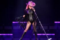 Performances/Joanne