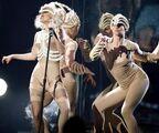 +Lady Gaga offical AMA 11-22-09 photo 2 cropped