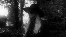 Joanne - Music video 015