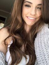 81ebac8831d54f7342341281f90d79c1--girl-brown-hair-one-color-hair-brown