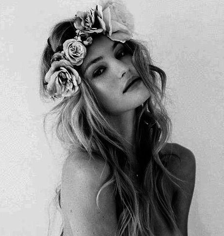 Blonde-boho-flower-crown-girl-Favim.com-1436006.jpg