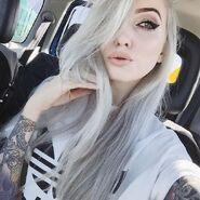 Alt-girl-dyed-hair-kawaii-pastel-goth-Favim.com-3434864