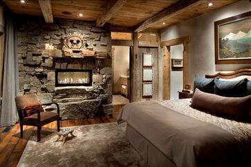 Rustic-bedroom-peace-design-master-bedroom