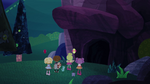 Cueva de la oscuridad impenetrable