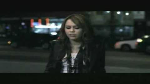 Miley_Cyrus_-_Fly_On_The_Wall_-_Official_Music_Video_(HQ)_(HD)