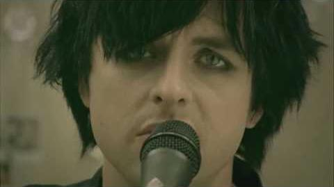 Green_Day_-_21_Guns_Official_Music_Video_-_HD