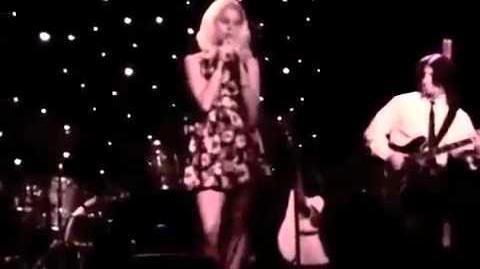 Lizzy Grant - Gramma (Live)