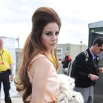 Lana-del-rey-lovebox-2012-hair.jpg