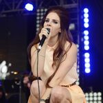Lana del rey lovebox festival london 3.jpg
