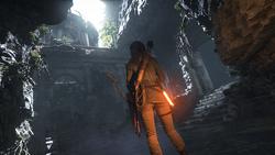 Lara Exploring Ruins.png