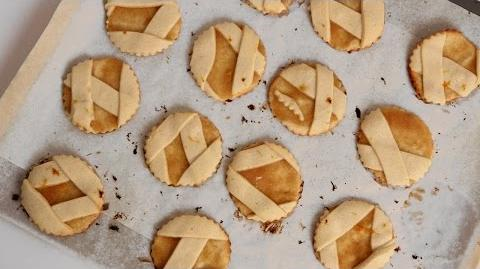 Learn to bake Apple Pie Cookies!