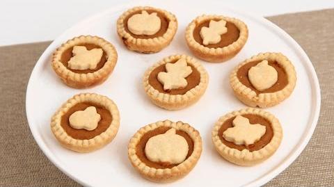 Learn to bake Mini Pumpkin Pies!