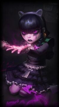 Annie Gothic-Annie L alt2